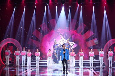 Am Nhac Toa Sang ( The Beauty of Music), a new TV programme broadcast on HCM City Television (HTV), features new songs in contemporary folk and pop by Vietnamese composers. Photo KMedia